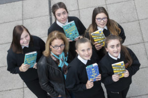 author-susin-nielsen-with-cramlington-learning-village-students